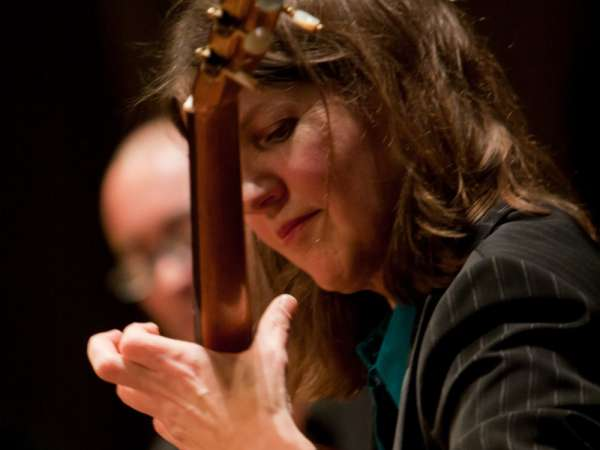 Esther Steenbergen Gitarist